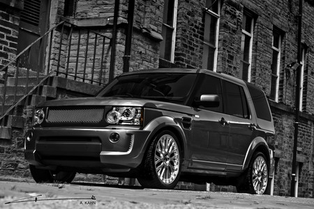 Land Rover Discovery by Kahn Kahn Design Range Rover Discovery LR4 1